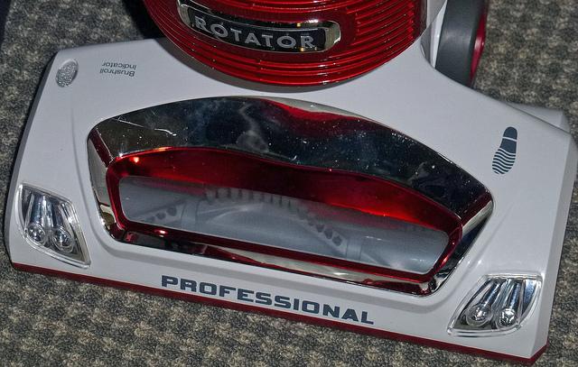 Shark Rotator Lift-Away Professional Upright Vacuum 2
